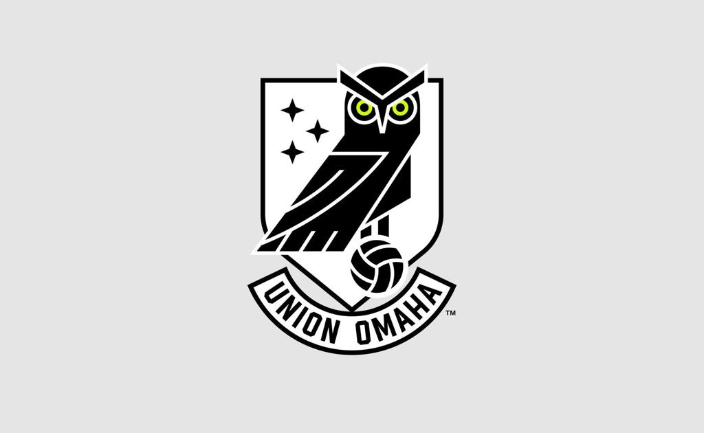 The crest of Union Omaha soccer club, which features an Owl.