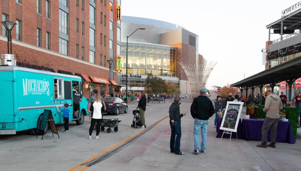 gracetrexel foodtruckevent 1 1021x580 - Food truck showdown raises money for charity