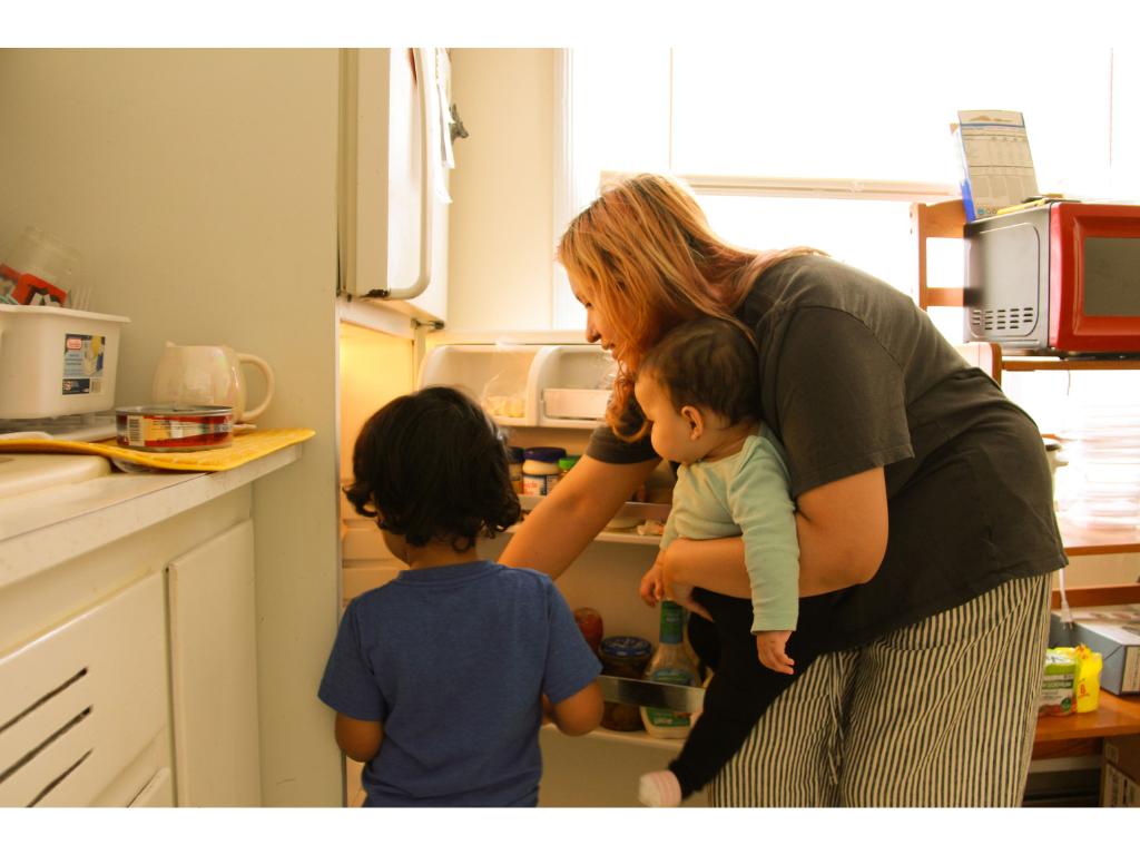 Luci Moran 05 - The nature of motherhood