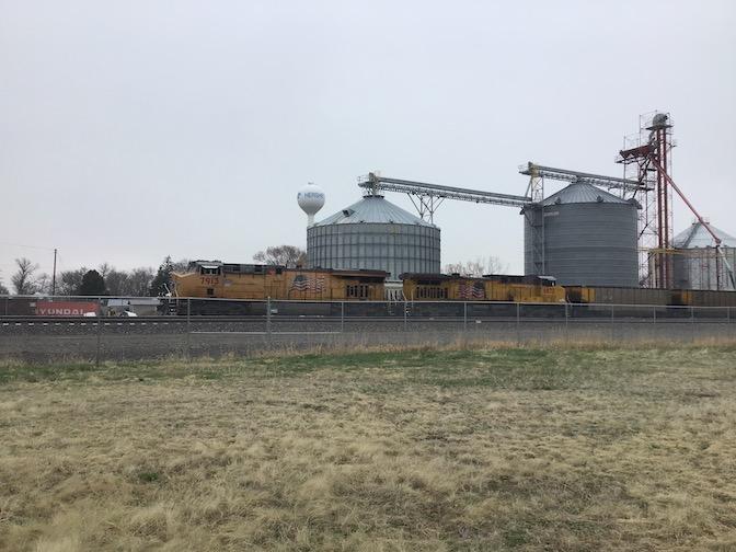 Hershey Nebraska Photo2 - Hershey rail park hauling through the mainline