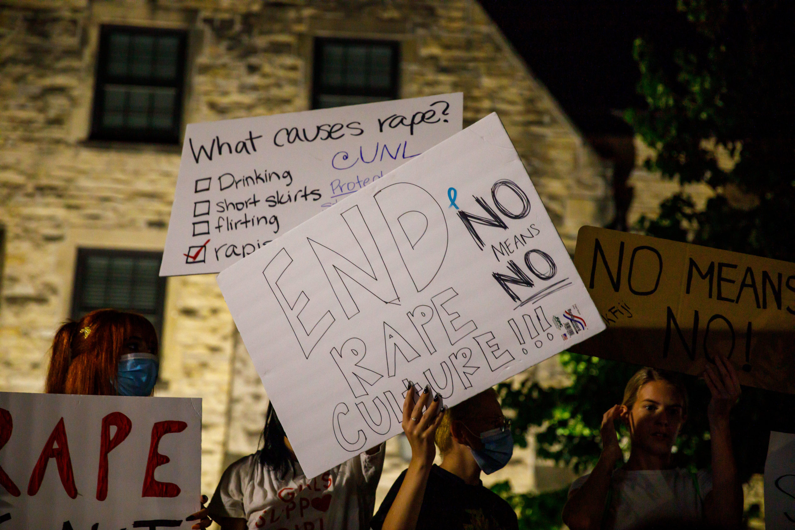 416A7018 scaled - Students protest outside of UNL fraternity house after reported sexual assault