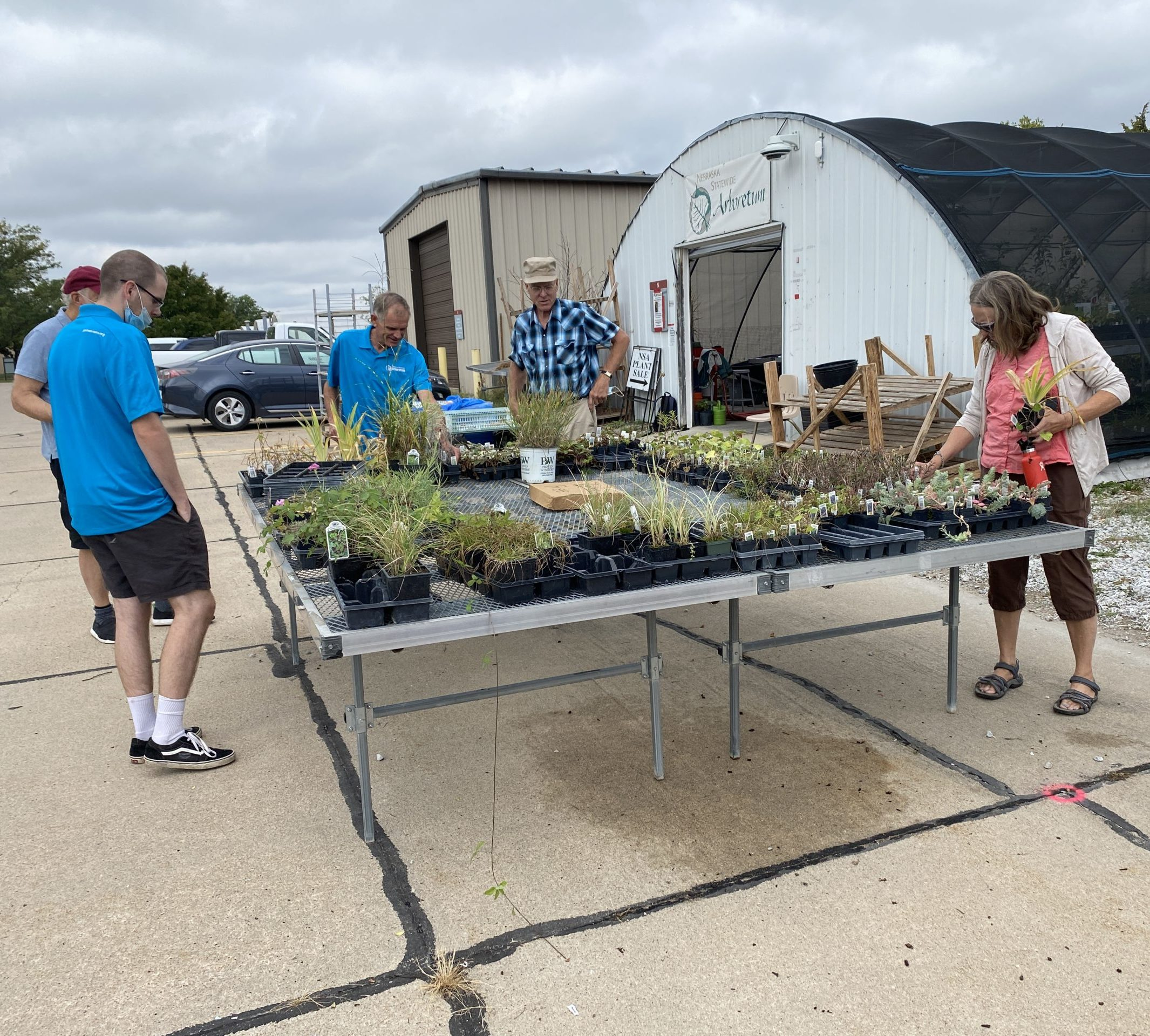 IMG 1262 scaled e1633629053552 - Arboretum hosts native perennial plants sale on UNL's East Campus